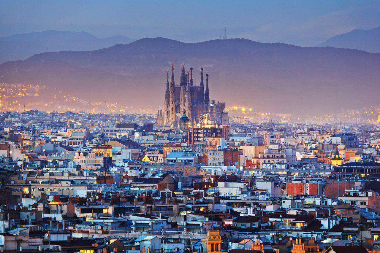 Five Reasons Why Winter in Barcelona is Hotter Than a Sunday Afternoon Pornhub Marathon