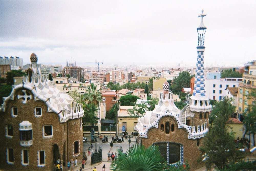 A BACKPACKER'S GUIDE TO BARCELONA
